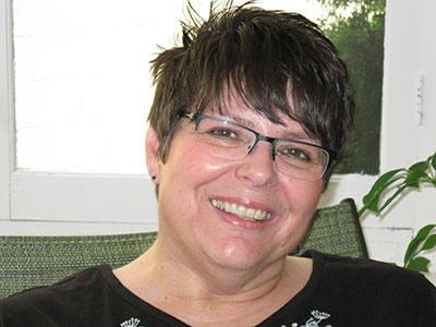 Lois R